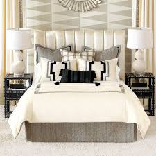 How To Set A Bed Comforter Sets With Shams Best 25 Pillows Ideas On Pinterest