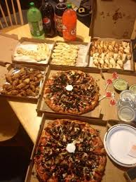 round table pizza rancho santa round table buffet setting up an easy party with your round table