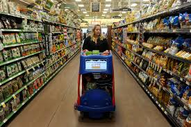 kroger s darkening outlook drags peers as competition rises