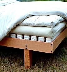 beauty frame with latex padded slats