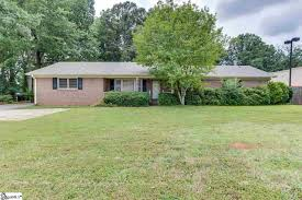 ranch style homes for sale in greer