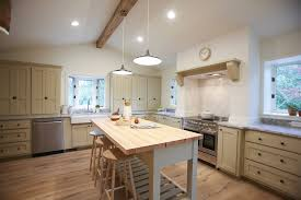 fixer white kitchen cabinet color dreary home gets bright update season 1 episode 10 goodtable