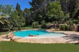 petite piscine enterree piscines paysagées d u0027exception bassins cascades rochers
