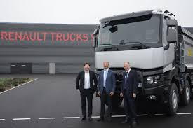 volvo trucks south africa renault trucks arya diesel motors sign 2 agreements financial