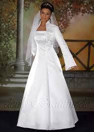 brautkleid mit bolero hochzeitskleid brautkleid bolerojacke hochzeit kleid träger bolero