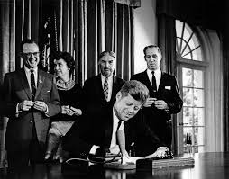 John F Kennedy Cabinet Members Ar8116 C President John F Kennedy Signs Detroit U0027s Bid To Host