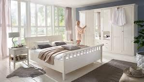 Schlafzimmer Lampe Romantisch Nauhuri Com Romantisches Schlafzimmer Einrichten Neuesten