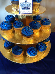 prince baby shower cakes royal blue cupcakes to match the cake his royal highnesses