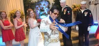 vegas weddings want to get married by elvis viva las vegas