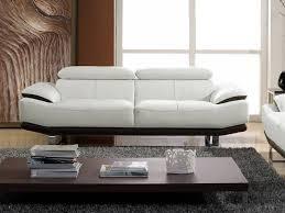 nettoyer canapé cuir nettoyer canapé cuir beige concernant canapé cuir 3 places bicolore