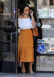 vanessa hudgens leaves a nail salon in beverly hills 08 01 2016
