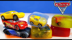 disney cars 3 toys mini racers lightning mcqueen cruz ramirez