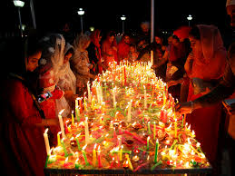 Pics Of Light by Photos Of Hindus Celebrating Diwali Festival Of Lights Business