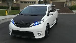 toyota vans toyota minivans vans view all minivans vans at cardomain