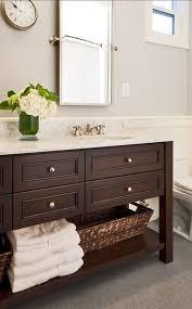 Wooden Bathroom Furniture Industrial Bathroom Vanity White Glossy Stained Wooden Door Green