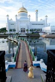 sultan hassanal bolkiah diamond car 260 best brunei images on pinterest southeast asia crown jewels