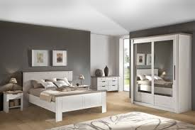 foto chambre a coucher chambre coucher adulte moderne des meubles blancs pour ma chambre