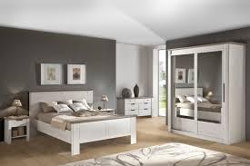 decoration chambre coucher adulte moderne chambre coucher adulte moderne des meubles blancs pour ma chambre