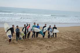 more than 80 participants on the day of surfing kirol zerbitzua