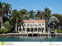 Maison Bord De Mer Maison De Luxe De Bord De Mer à Miami Photo Stock Image 45352377