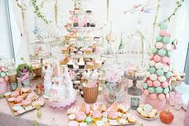 Wedding Cake Table Top 10 Wedding Cake Alternatives My Dream Wedding