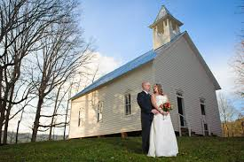 gatlinburg wedding packages for two wedding packages in the great smoky mountains cades cove smoky