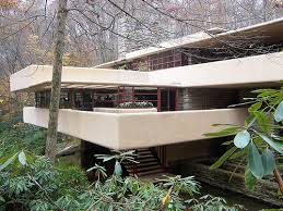 cantilevered deck how far can a deck cantilever
