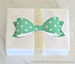 free printables gift tags wrap paper and bows