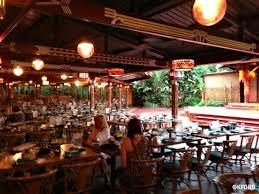 review spirit of aloha luau at disney u0027s polynesian resort a mom