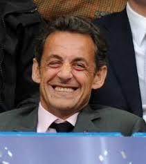 <b>Nicolas Sarkozy</b> réagit à sa mise en examen sur Facebook - nicolas-sarkozy-a-le-sourire_20247_w250