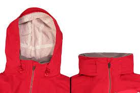 mtb rain gear endura keeps you dry on wet singletrack with new mtb rain jacket