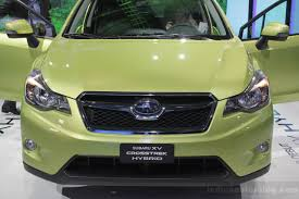 subaru crosstrek grill subaru xv crosstek hybrid revealed in new york live