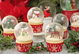 snow globe cupcakes with gelatin bubbles sugarhero