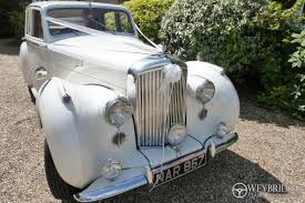 bentley cream wedding car hire in surrey weybridge classic wedding cars