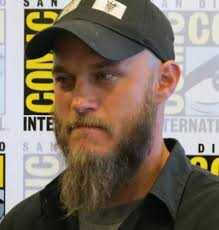 travis fimmel hair for vikings interview travis fimmel and clive standen talk vikings past and