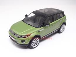 land rover green ixo moc145p 1 43 land rover range rover evoque 5 doors 2011 green and