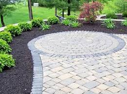 Patio Layouts by Patio Paver Design Ideas Love The Contrast Of The Rocks That