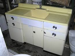 SOLDAntique Kitchen Sinks - Old fashioned kitchen sinks