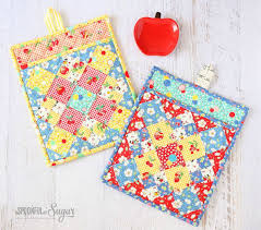 Tutorials By A 134 Best Zip Pouches Images On Pinterest Sewing Ideas Bags And