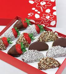 White Chocolate Dipped Strawberries Box Broadwaybakery Com