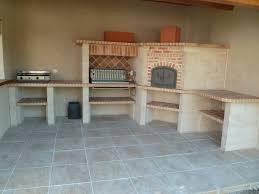 cuisine d exterieur cuisine d exterieur en brique et barbecues sur