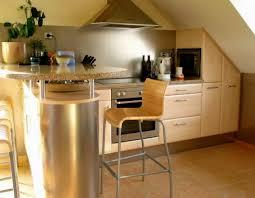 küche in dachschräge küche mit dachschräge berlin küche ideen