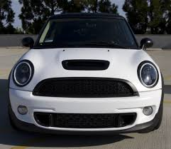 Mini Cooper Info Got My Mini Wrapped Matte White North American Motoring