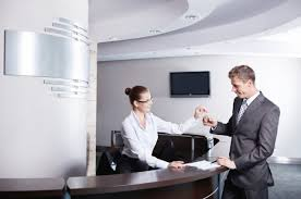 Part Time Hotel Front Desk Jobs Hotel Freebies You Can Score From The Front Desk