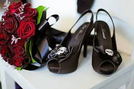 picture of gorgeous halloween wedding shoes
