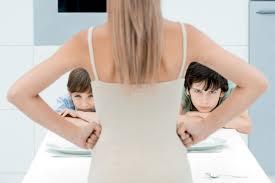 meuble femina salon pourquoi ai je tant de mal à me faire respecter par mes enfants