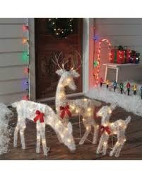 outdoor christmas decorations decorate your home holidays