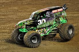 old grave digger monster truck just a car guy grave digger u0027s freestyle at san diego monster jam
