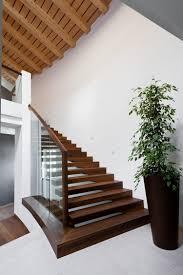garde corps bois escalier interieur escalier en bois moderne tous les modèles en 55 photos