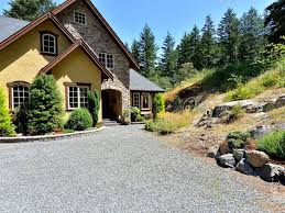 Gravel Driveway Calculator Fabulous And West Coast Warmth And Luxury With Water Vie Vrbo